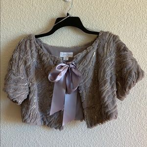 Jessica Simpson Shawl NWOT Sz M in gray + sequence